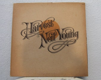 """Neil Young - """"Harvest"""" vinyl record w/ Original Inner Sleeve and Lyric Insert, Textured Cover Copy (NT)"""