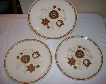 Royal China Nutmeg Dinner Plates Set of 3