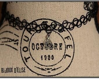 Sale - Tattoo Choker Triangle or Tatto Bracelet - Antique Bronze