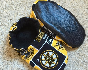 Boston Bruins Crib Shoes/Slippers