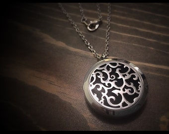 Stainless Steel Essential Oil Diffuser Locket, Diffuser Jewelry, Aromatherapy Necklace, 30mm