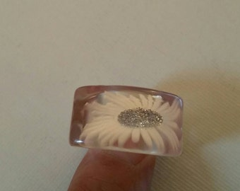 Vintage 60's NOS Lucite Ring