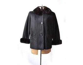 Large Black Coat, 1960s Jacket, Fur Collar Jacket, Wool Coat, 1960s Coat, 60s Coat, Black Short Jacket, Black Wool Jacket, Womens Clothing