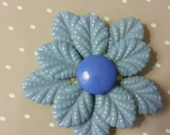 Pretty, Vintage Baby Blue Plastic Flower Hair Clip from 1940s.