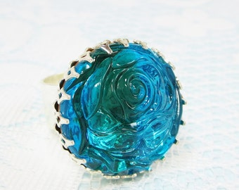 Sea Blue Green Glass Jewel Ring Carved Rose Ocean Blue Rhinestone Ring