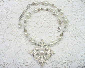 OOAK Vintage White PEARL Rhinestone Sarah Coventry Signed Necklace - white faux pearls - WEDDING piece- Bridesmaid-silver tone metal- Gift
