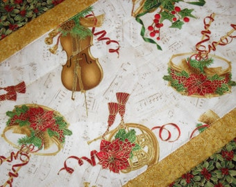 Christmas table runner, music gift, music lover gift, gift for musician, holiday decorations, Christmas decor, violin gifts, piano topper