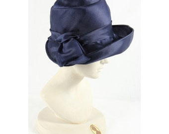 1960s Vintage blue satin hat