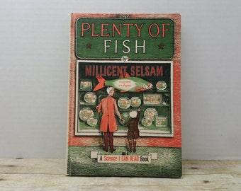 Plenty of Fish, 1960, Millicent Selsam, vintage kids book