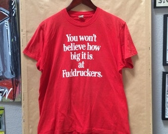 """Vintage Fuddrucker's """"You Wont Believe How Big It Is at Fuddrucker's"""" T-Shirt. Screen Stars Made in USA Size XL"""