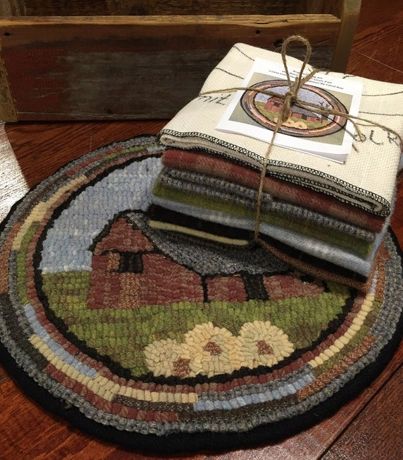 "Primtive Rug Hooking Kit for ""Old Barn #1"" Chair Pad  14"" Round  K118"