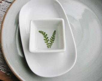 Nature Inspired Ring Keeper, Nature Ring Dish, Small Organizer, Jewelry Storage, Ring Dish with Pressed Fern, Minimalist Ring Holder