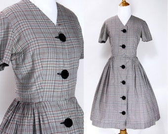Vintage 1950s Dress | 50s Plaid Print Cotton Day Dress with Big Buttons | Gray Red Black | small S