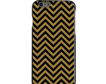 Hard Snap-On Case for Apple 5 5S SE 6 6S 7 Plus - CUSTOM Monogram - Any Colors - Wake Forest WF Demon Deacons Colors - Chevron Pattern