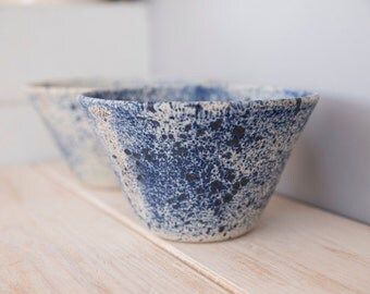 Ceramic bowl, Japanese pottery, handmade pottery, blue bowl, cereal bowl, soup bowl, white and blue pottery, modern pottery, made for order