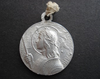 Rare antique religious french medal of Joan of Arc / Jeanne d'Arc with sword. and Saint Michael ( 3 )