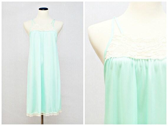 Mint Green Lace Trim Night Dress - Vintage 1980s Pastel Green Baby Doll Slip Nightie