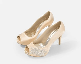 La France Gold Lace Wedding Shoes, Gold Lace Satin Bridal Heels, Champagne Lace Peep Toe Wedding Shoes, Beige Lace Bridal Heels