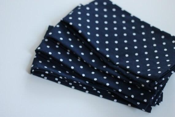 Navy and white polka dot cloth napkins, set of 4 napkins. navy home decor, shower gift, housewarming gift, hostess gift