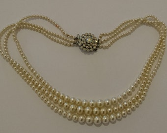 vintage three strand pearl necklace