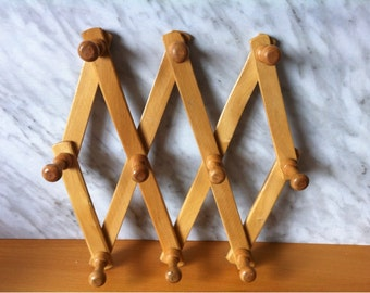 Hat Rack.Accordion Peg Coat Rack.Wooden Peg Rack Hanger