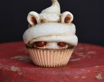 Mini Cupcake Peeper - Albino