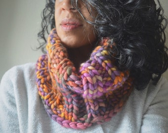 Sombras (bright) Chunky Cowl- merino wool, super chunky,knit , scarf