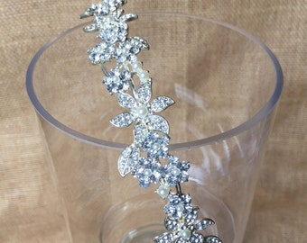 Delicate Rhinestone and Pearl Headpiece