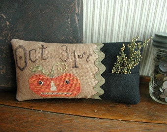 Pattern: Oct Jack Cross Stitch by Threadwork Primitives