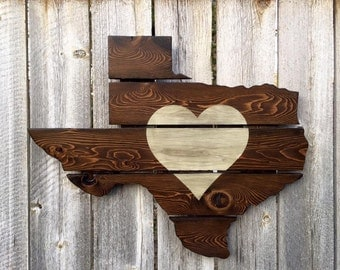 Recycled Pallet Texas Heart