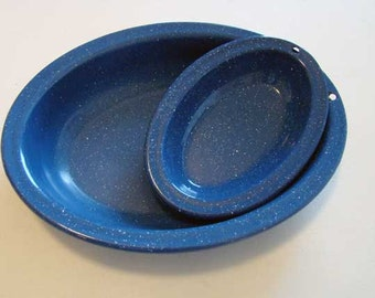 Vintage enamel baking dishes, blue enamel baking pans, vintage speckled enamel pans