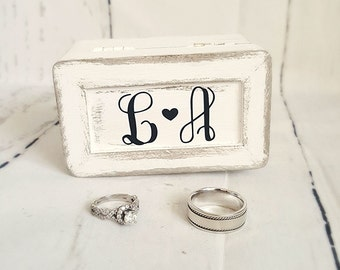 Rustic Wedding Decor/ Wedding Ring Box / Ring Bearer/ Ring Box/ Flower Girl
