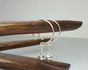 Sterling silver hoop earrings / Silver circle earrings / dangle drop earrings / Modern silver dangle / Boho earrings / Drop earrings