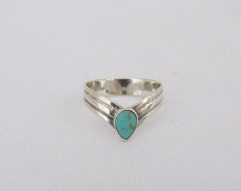 Vintage Sterling Silver Inlay Turquoise Ring Size 6