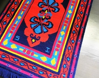 Gorgeous Handwoven Vintage Rug/Tapestry