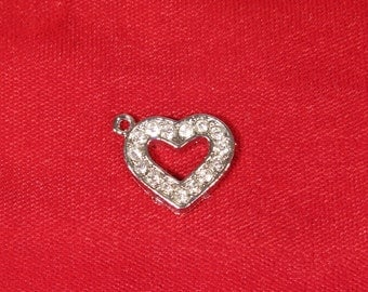 "BULK! 15pc ""heart"" charms in antique silver style (BC908B)"