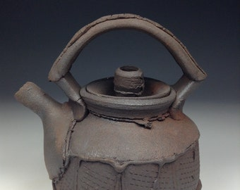 Reduction Cooled Teapot