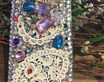 IPhone 6 cell phone case, castle cell phone case, bling cell phone case, bling, ransdells rhinestones cell phone case, jewels cell phone cas