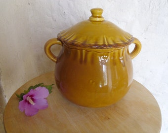 Vintage French Daubière Honey glazed terracotta cooking pot Provencal rustic pottery Country farmhouse kitchen