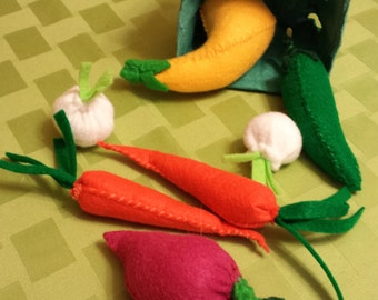 Felt Farmers Market Vegetable Basket - Felt Play Food