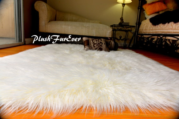 fausse fourrure tapis fourrure mongole blanche rectangle forme. Black Bedroom Furniture Sets. Home Design Ideas