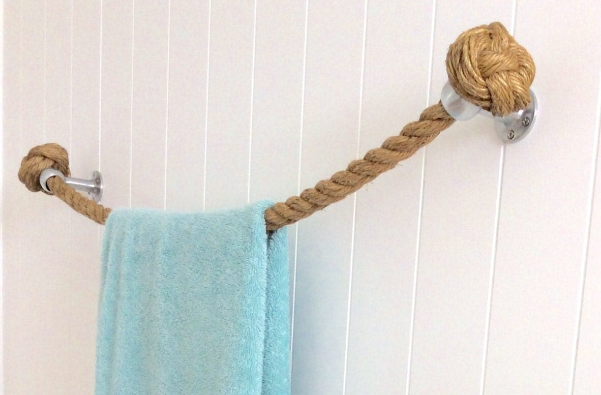 Nautical towel rack