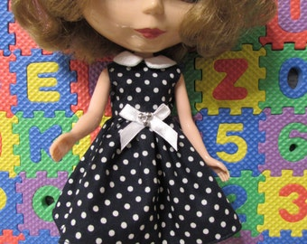 Blythe Doll Outfit Cloth white dot blue dress