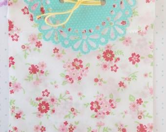 Bulk Discount! 50 Floral medium paper glassine gift bag goody kawaii flower paper bag gift wrap