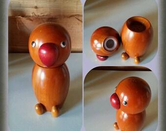 Vintage wooden salt n pepper shaker