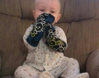 Velcro Cuff No Scratch Mittens - Newborn - Baby - Toddler