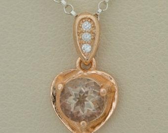 0.85ct Sunstone Gold Heart Pendant (S2458P)