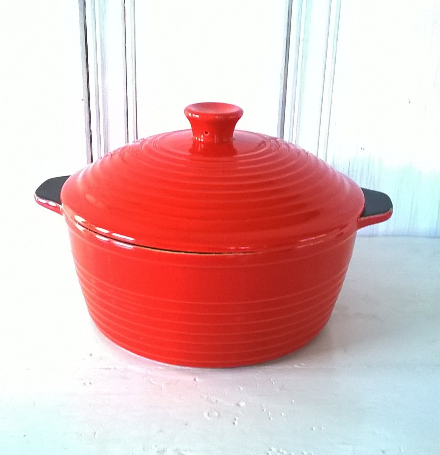 Ruff Hewn Red Crockery Pot 3 Qt Casserole Dish With Lid
