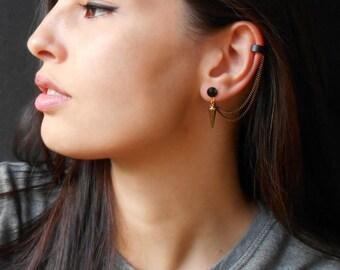 Gold Spike ear cuff earrings, rock style, Black cuff earrings, Chain ear cuff earrings