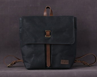 Waxed canvas backpack ALICE blue navy
